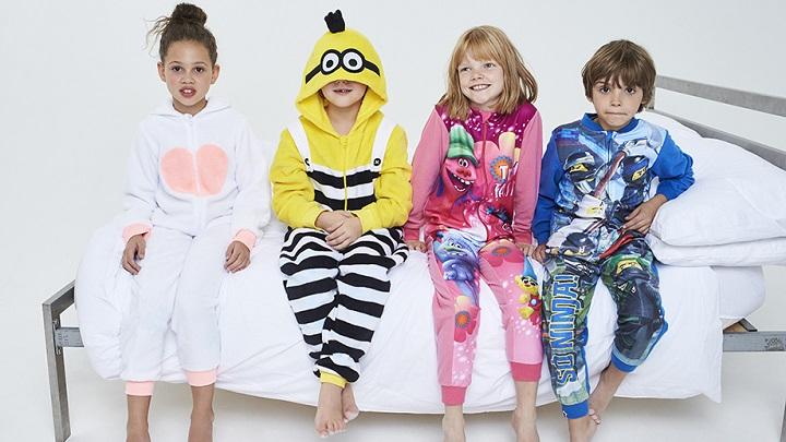 242601d687 Originales pijamas infantiles de Primark